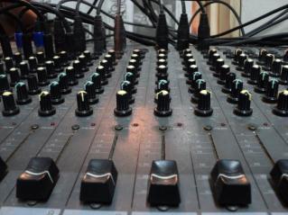 mesa_sonido2